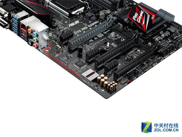 华硕z170 pro gaming主板采用atx尺寸规格的设计