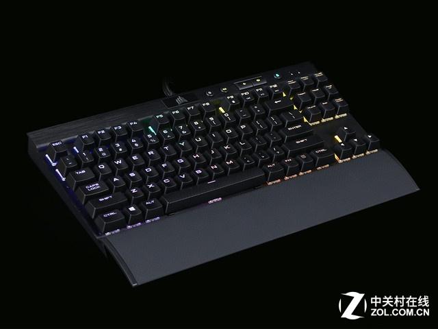 这是海盗船最便宜的一款RGB银轴键盘 完