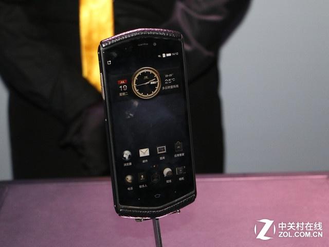 尊享奢华 8848钛金手机M3 北京热售