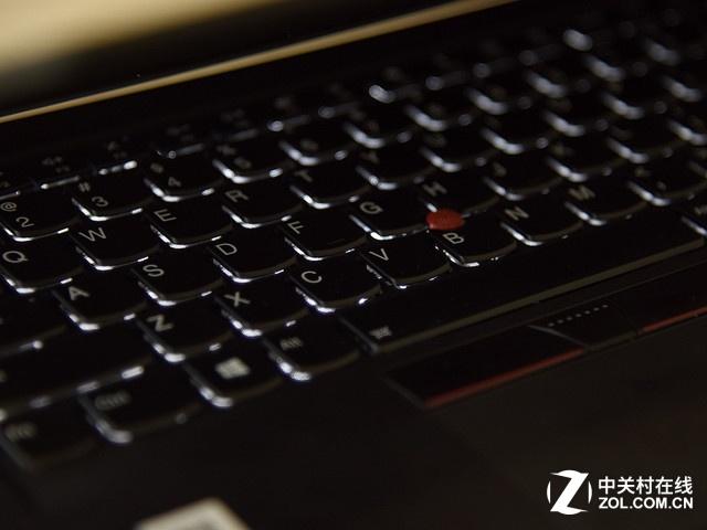顶级轻薄商务本 ThinkPad X1 Carbon
