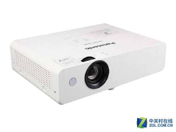 松下PT-UX315C商教投影仪2999元